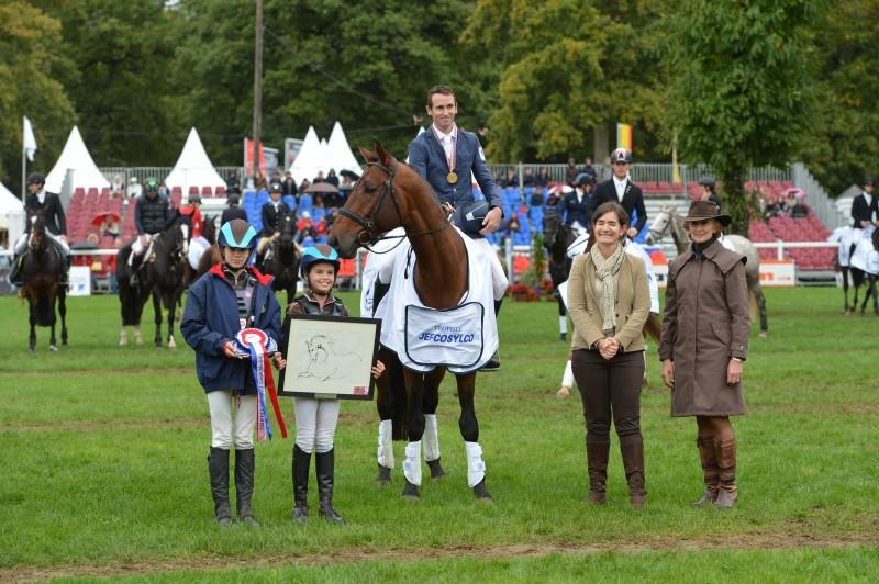 Tenareze Champion du Monde des 6 ans Le Loin d'Angers 2013